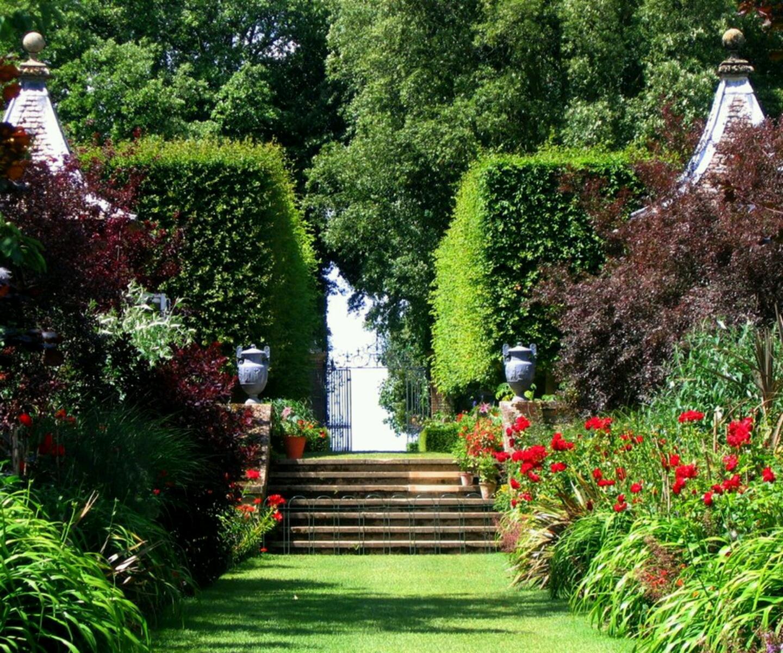 Homes Pretty Garden Designs Ideas