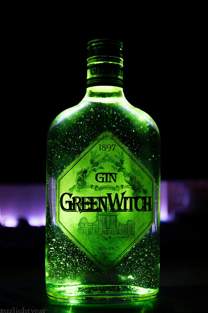 Gin by bzzlightyear