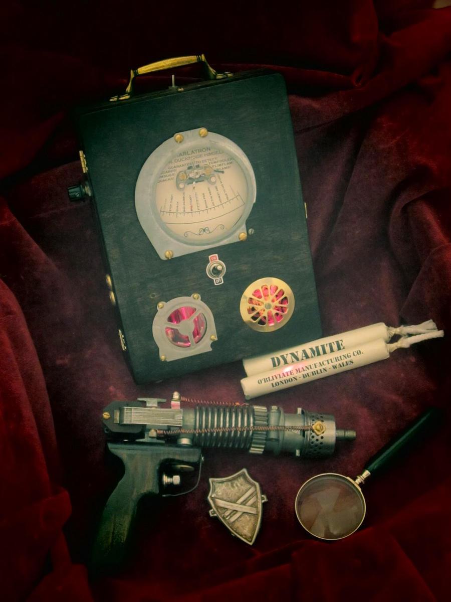 Steampunk lie detector, 'The Charlatron' by professor-theodosius