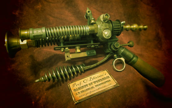The Airship Pirate's Electrovoltaic Blunderbuss