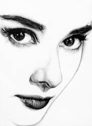 Audrey Hepburn (minimal) by KlarEm