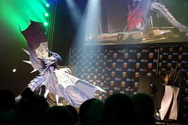 Bahamut Final Fantasy VIII Cosplay - flying on sta