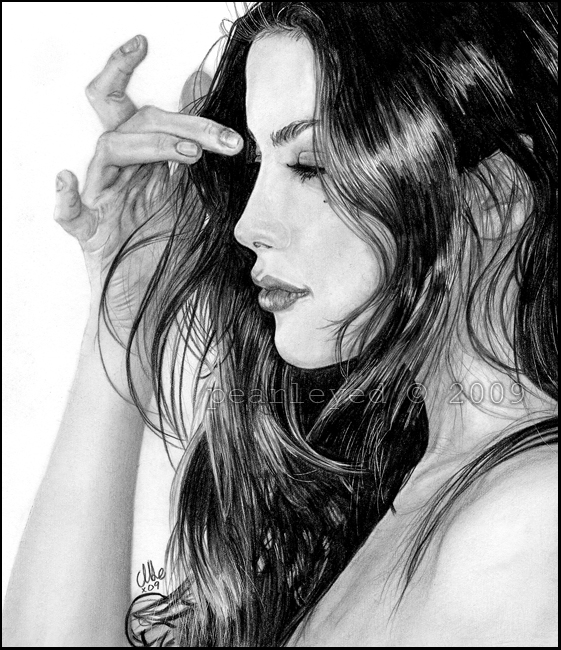Liv Tyler by pearleyed