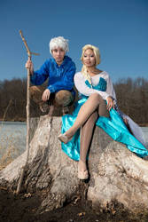 JackFrost x Elsa Cosplay 2 (Video)