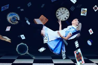Alice in Wonderland cosplay - White Fox - 002 by Araiel