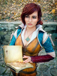 Triss Merigold cosplay by jellyxbat