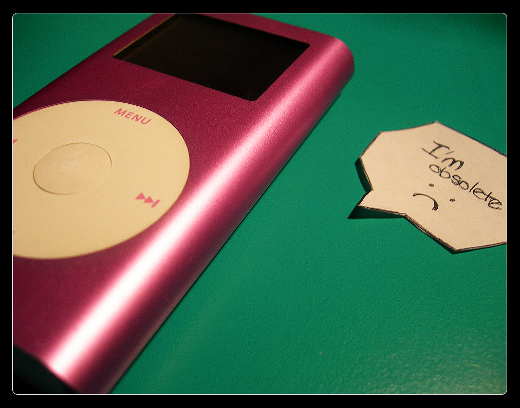 The lifespan of an iPod by tigerlily88