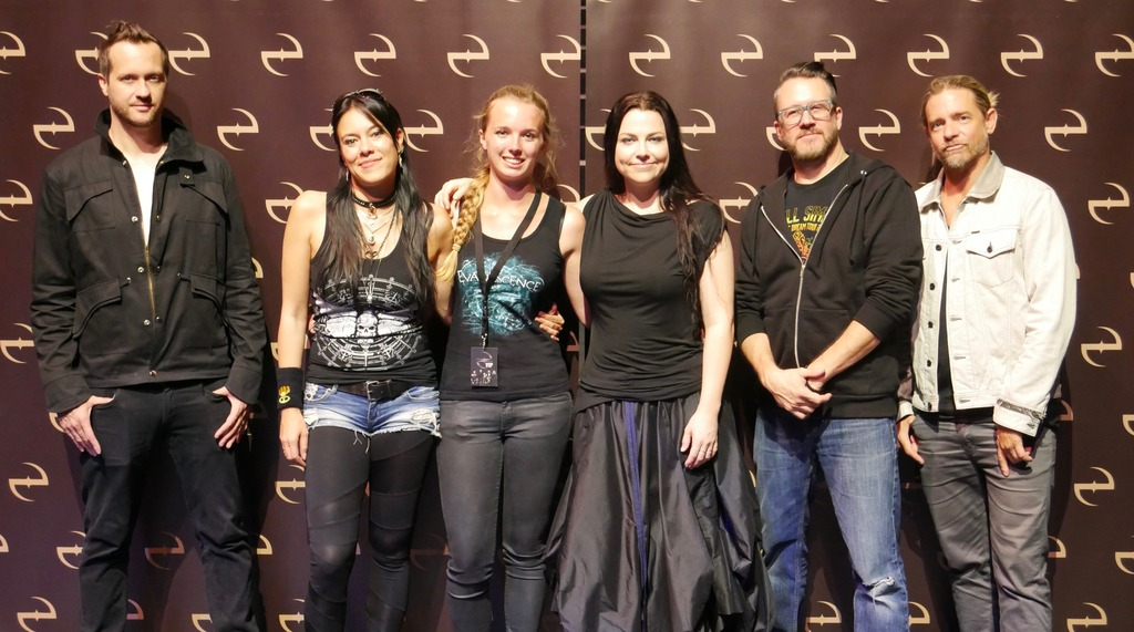 Meet and greet with evanescence by risingangelss on deviantart meet and greet with evanescence by risingangelss m4hsunfo
