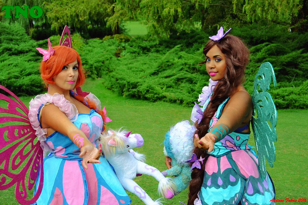Aisha/Layla and Bloom Butterlix- Winx Club Cosplay by ...