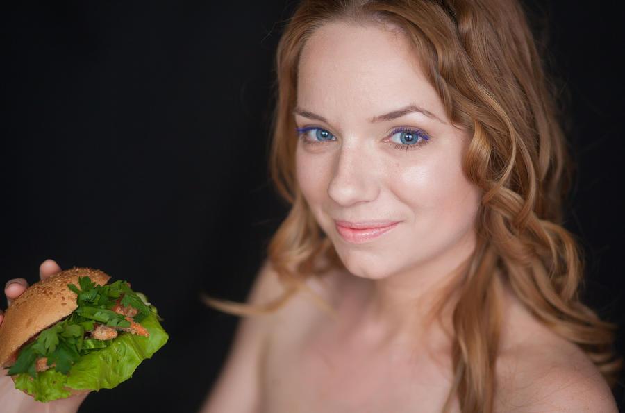 Ellumiel's Profile Picture