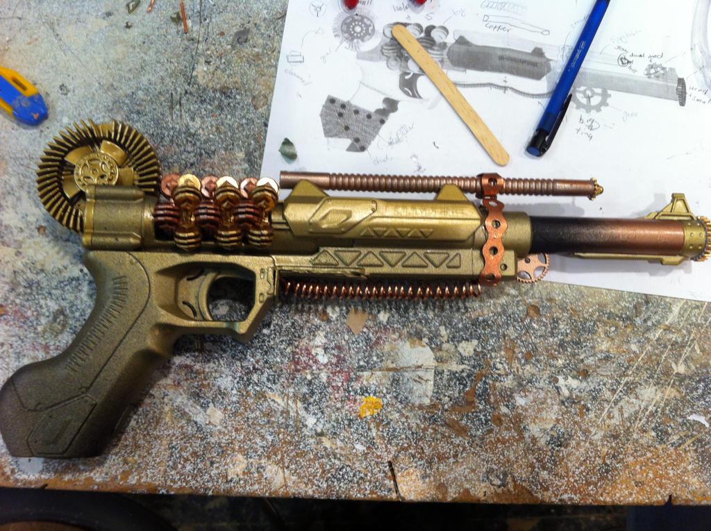 Edmund's Gun by Devtan-Army