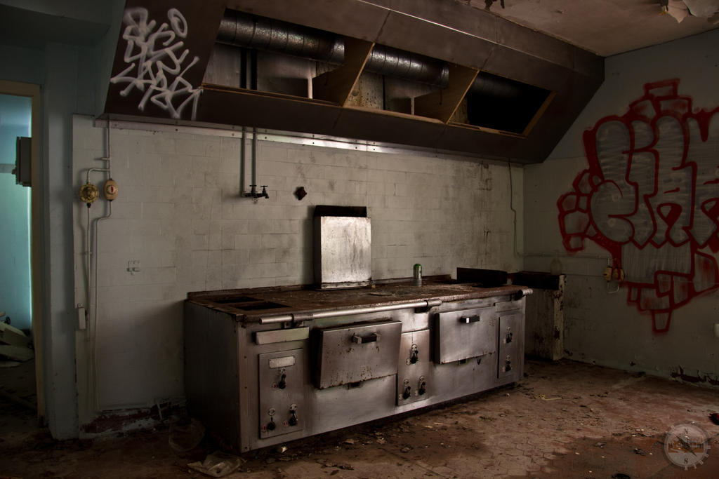 Decayed kitchen by adurbex