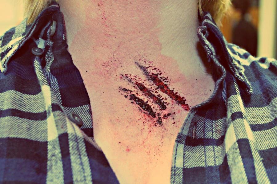 Werewolf claw marks - photo#13