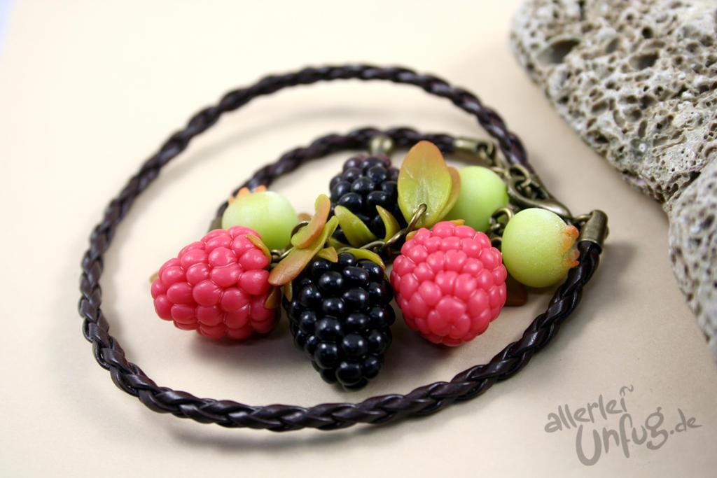 Very Berry Bracelet by SpankTB