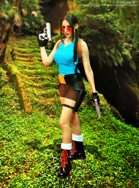 Lara Croft cosplay by Daelyth