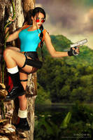 Lara Croft classic cosplay by Daelyth