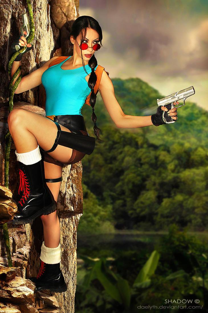 Lara Croft classic cosplay by Daelyth