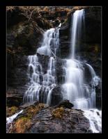 Waterfall III by hamti
