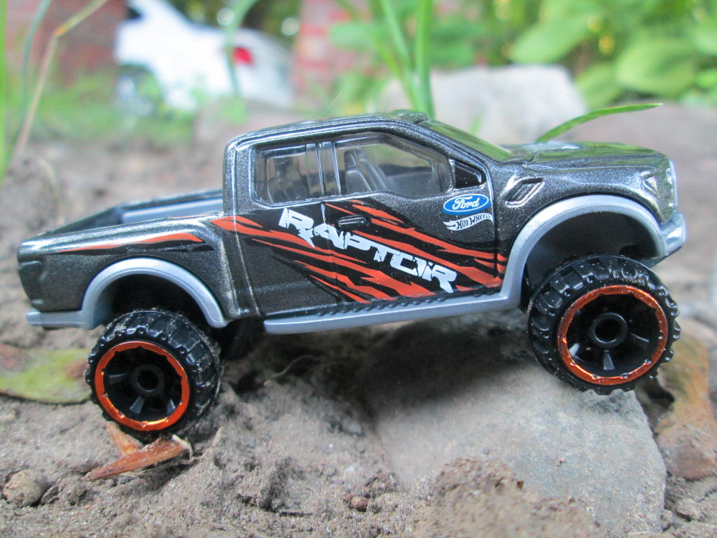 Hot wheels 2017 ford f 150 raptor by reptileman27 on deviantart hot wheels 2017 ford f 150 raptor by reptileman27 voltagebd Gallery