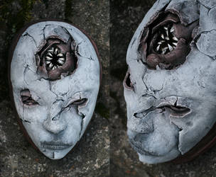 Mask - NEEDLE MOUTH by torvenius