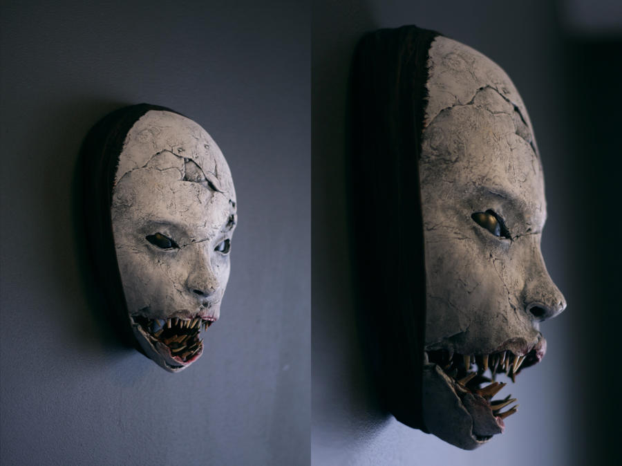 Mask - 'Shark Grin' by torvenius