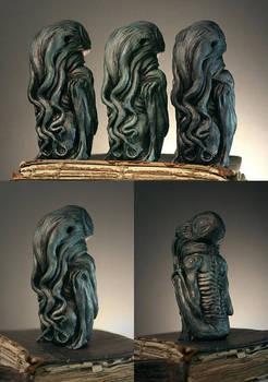 Cthulhu idol sculpture
