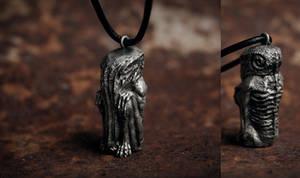Cthulhu sculpture necklace by torvenius