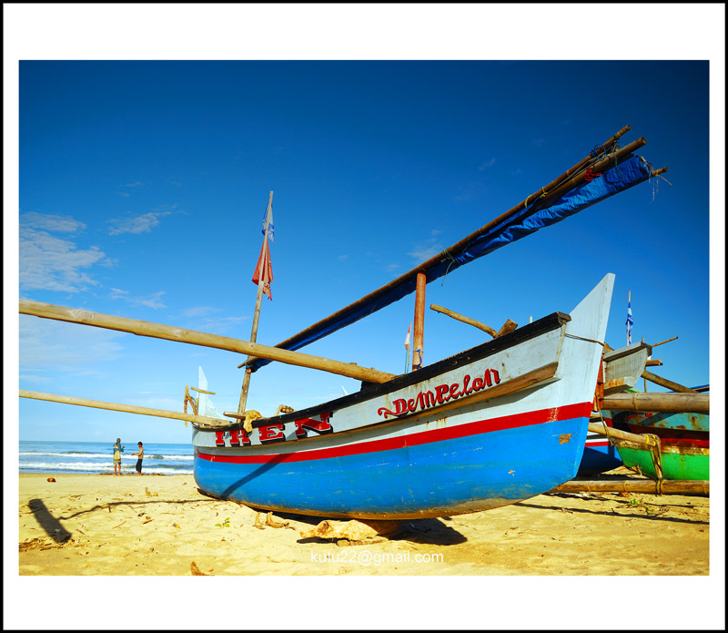 perahu nelayan by riana22