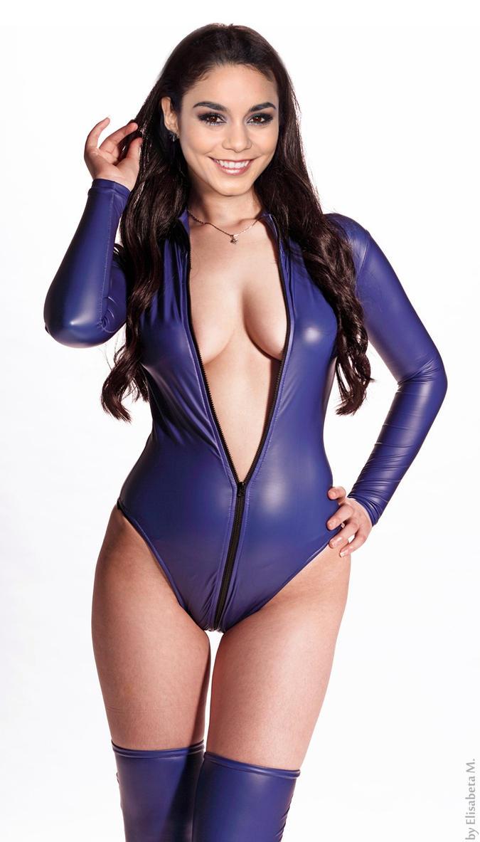 Vanessa Hudgens Fake Nude Pics 11
