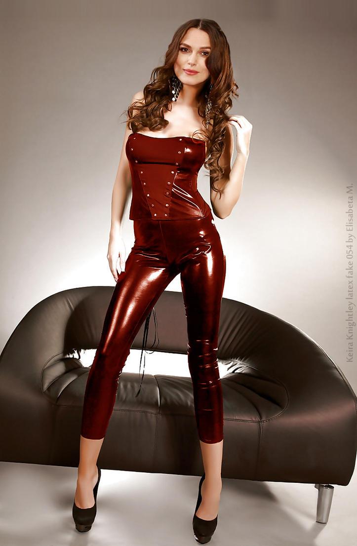 Tattooed Italian beauty Nikita Bellucci stripping off leather pants  511886