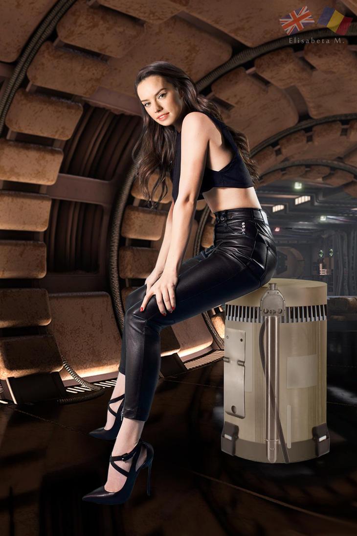 Daisy Ridley leather fake 02 v02 by ElisabetaM