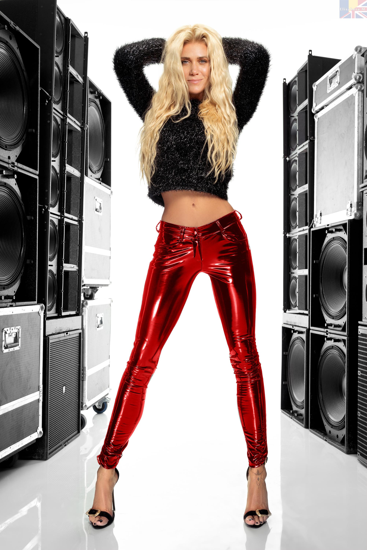 Kristen Wiig Vinyl Fake V01 Red By Elisabetam On Deviantart