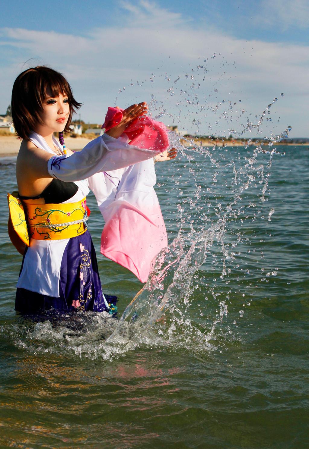 Final Fantasy X : Yuna by pinkyluxun