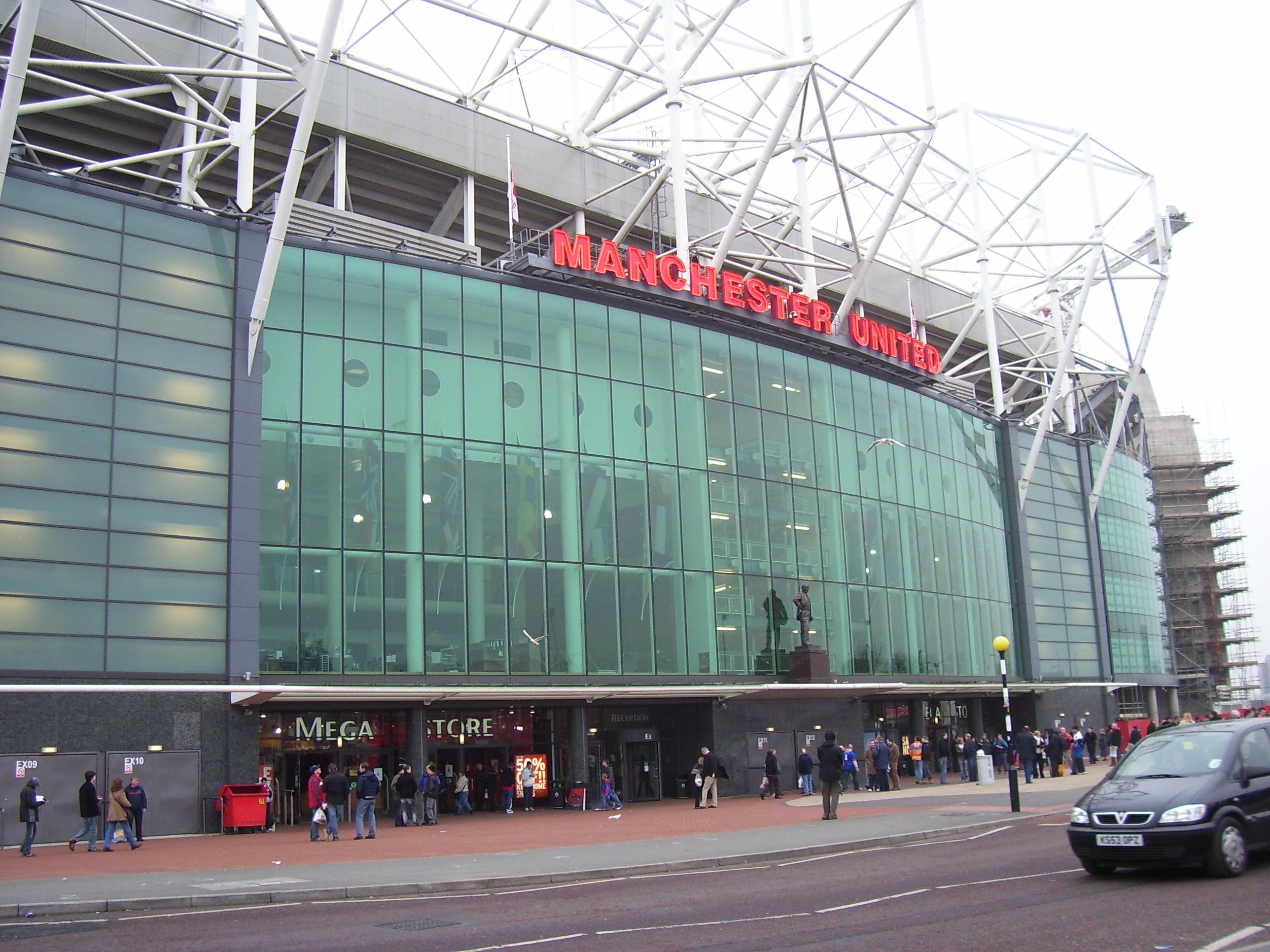 Manchester United na fotografijama Theatre_of_Dreams_by_vinztan1213
