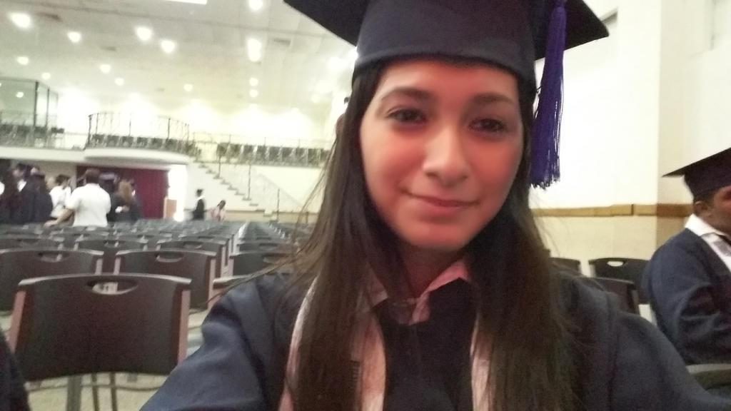 Graduada 2 by giovis98