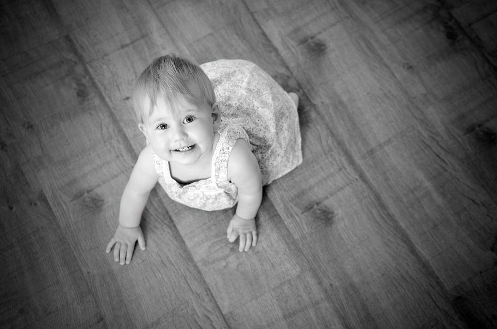 On the floor by Rajmund67
