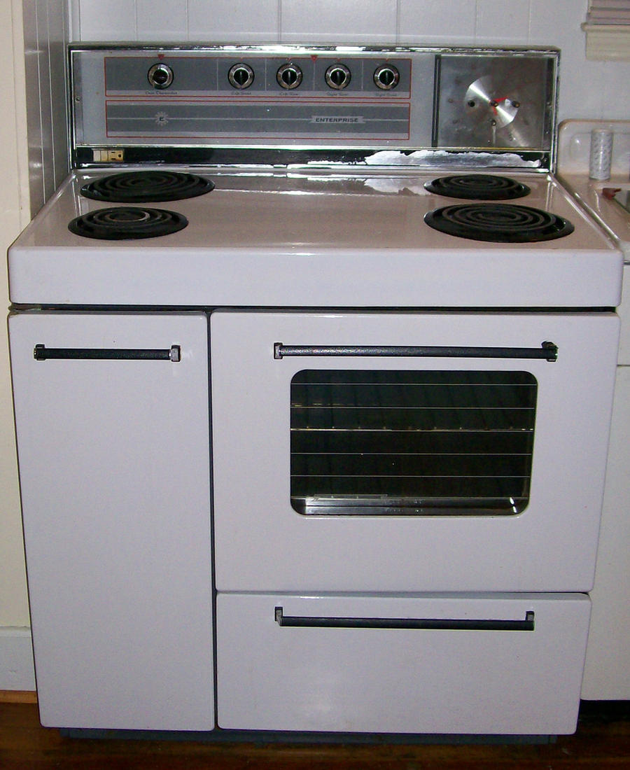 Older Oven and stove range by MysticrainbowStock