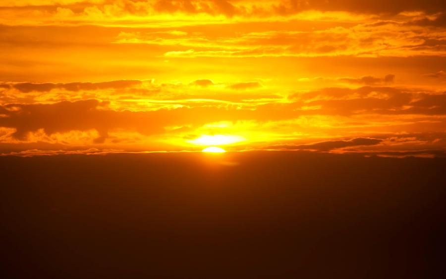 <b>Golden</b> Beach <b>Sunset</b>. <b>Golden Sunset</b> On A Beach. Summer In Prince ...