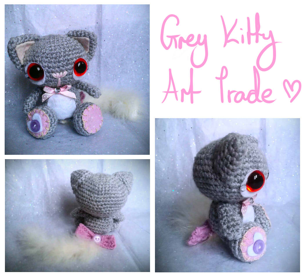 grey kitty amigurumi - art trade by tiny-tea-party
