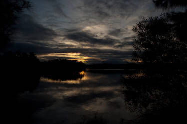 Dark Sunset by TaSh-C