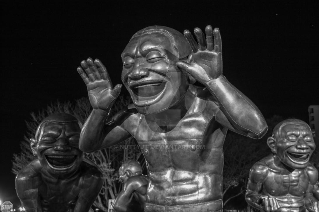 laughing sculpture english bay by nuttyjif