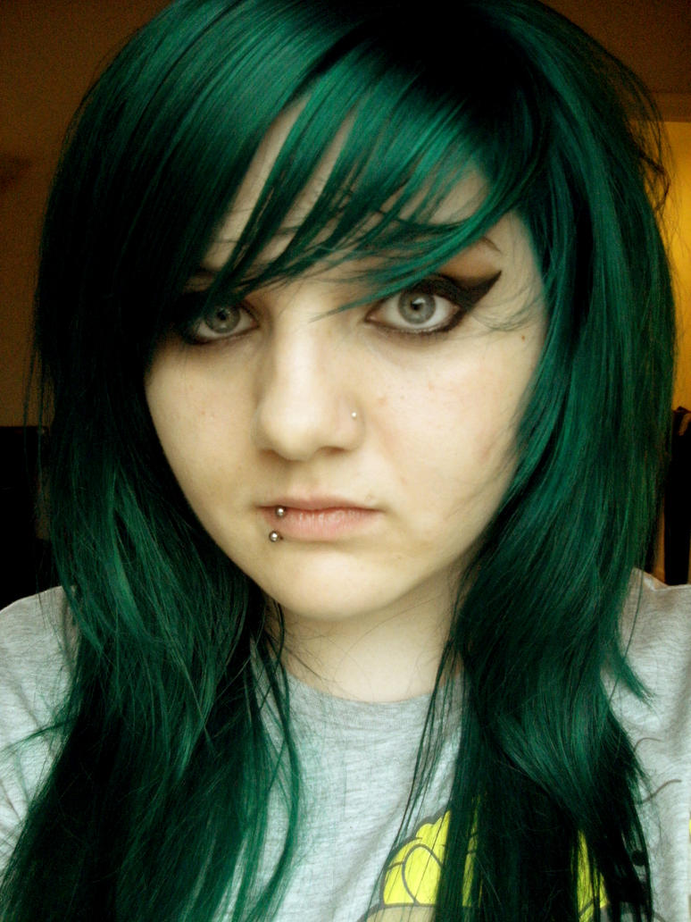 Green Hair on Pinterest | Dark Green Hair, Green Hair and ...