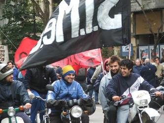 Motoqueros el Primero de Mayo by dervishd