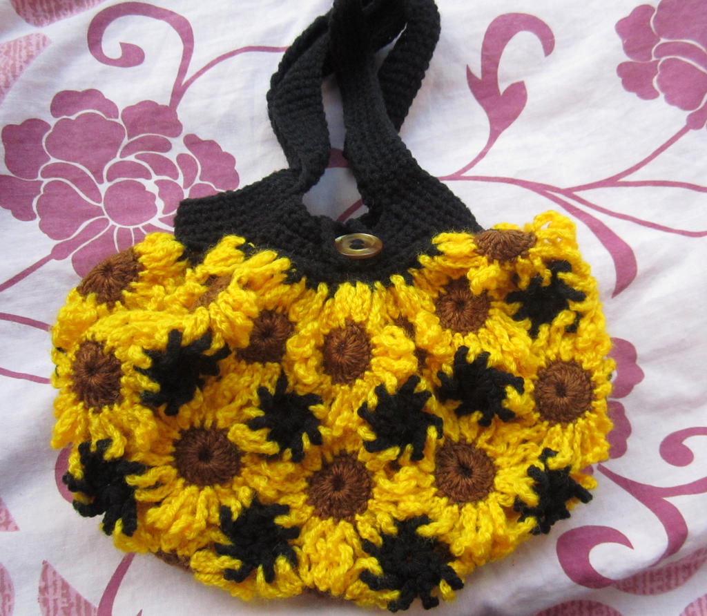 Flower Crochet Bag : crochet flower bag by anitadoma artisan crafts needlework crochet 2013 ...