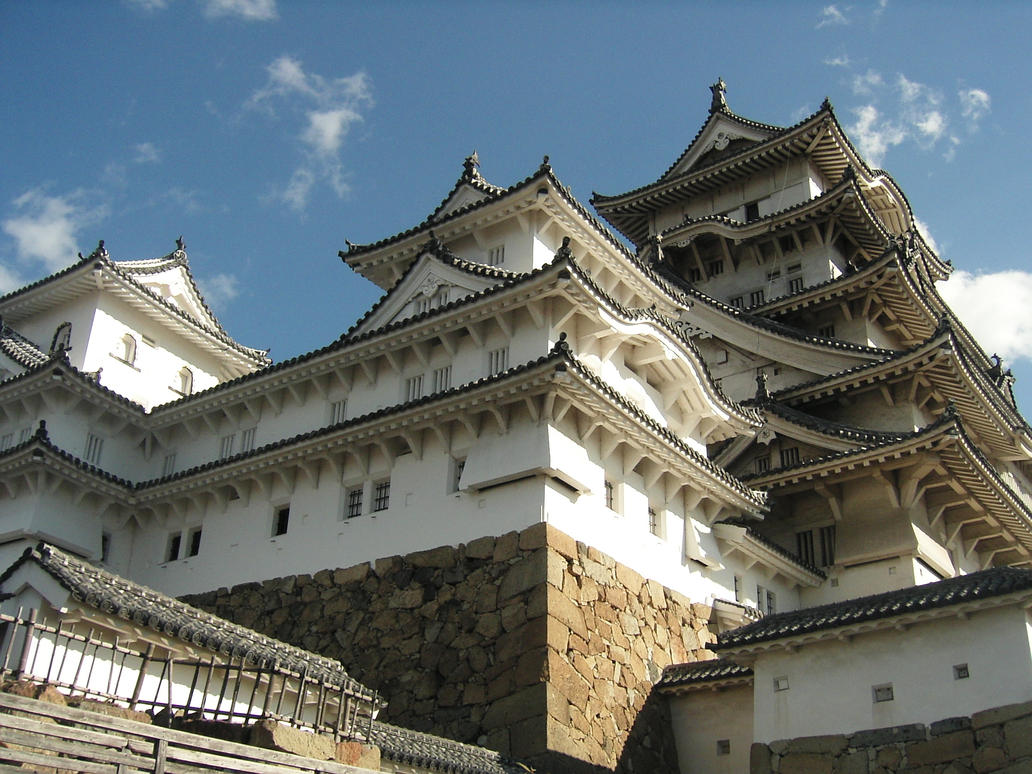 Himeji Castle by lonely-asuka