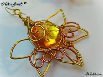 Honey Earrings by Elehanne