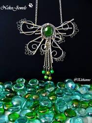 Green Jellyfish by Elehanne