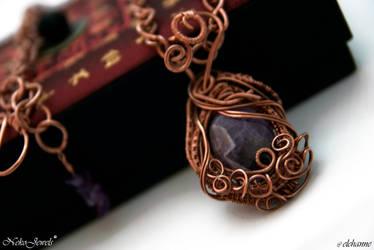 Nirien in Chains by Elehanne