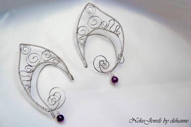 Silver and amethyst elven earcuff by Elehanne