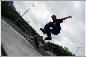 Tom Skate 3